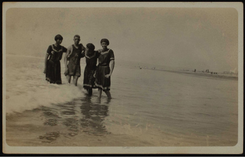 A day at the beach in San Diego, California, circa 1930, from the Turner Collection. Image courtesy of UC San Diego Library, Special Collections & Archives.